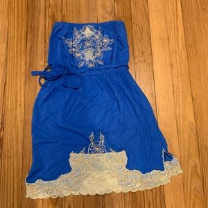 Dresses & Skirts - Strapless blue beach dress